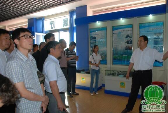 清华大学集团管控总裁班学员到大禹节水集团参观考察