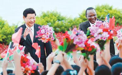 习近平同肯尼亚总统肯雅塔会谈