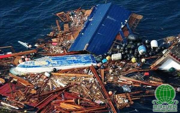 """日本巨型""""垃圾岛""""漂向美国 面积如德克萨斯州(图)"""