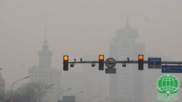 雾锁七分之一国土 华北雾霾逼政府动真格