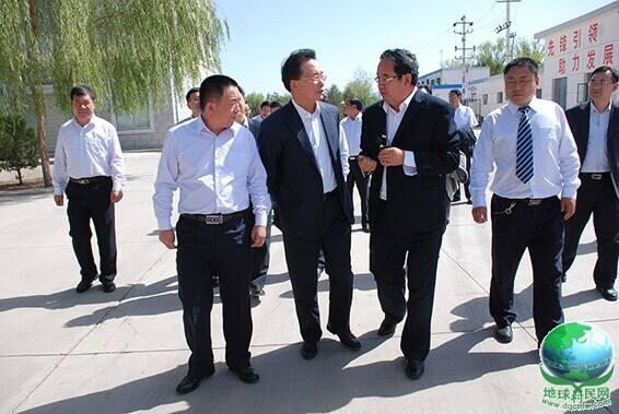 中国农业发展银行委书记、行长郑晖一行莅临大禹节水集团调研