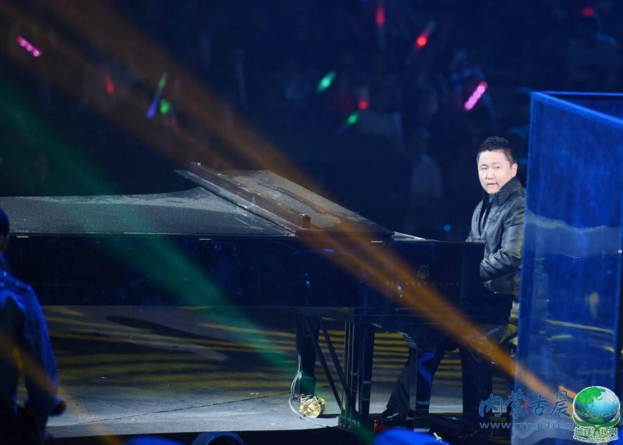 2015年中蒙文化交流活动周:中蒙歌会点燃草原激情