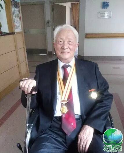 An Interview with 104-year-old Grandfather of Shi Yigong
