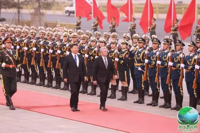 德国总统高克抵达北京,开始对中国的首次国事访问!