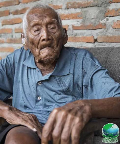老人活了146岁,儿女全部离世,更忘了自己何时出生